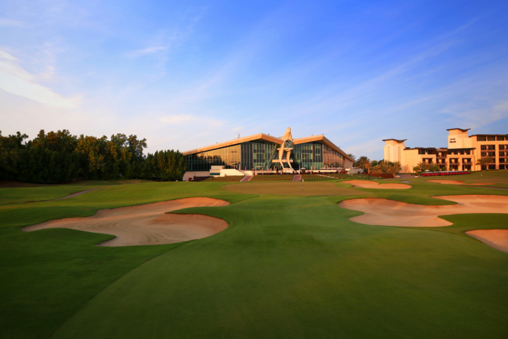The 18th hole at Abu Dhabi Golf Club