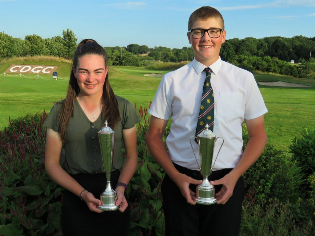 English Schools U16 Champions Rachel Gourley, from Northumberland, and Nottinghamshire's Finn Nelson