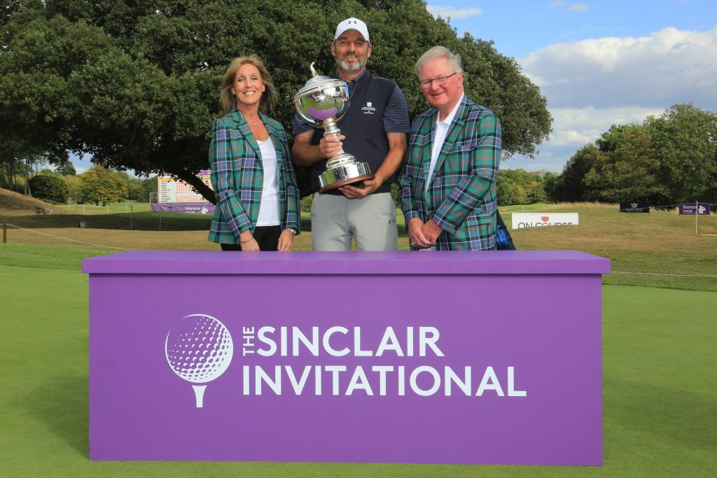 2019 Sinclair Invitational winner David Shacklady with Corrine and Duncan Sinclair