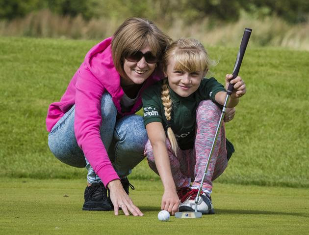 The Golf Foundation's Six Steps to Knockdown the Lockdown helps parents have Golf at Home fun with their children